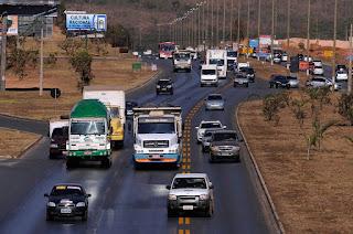Novas regras de trânsito passam a valer a partir desta segunda