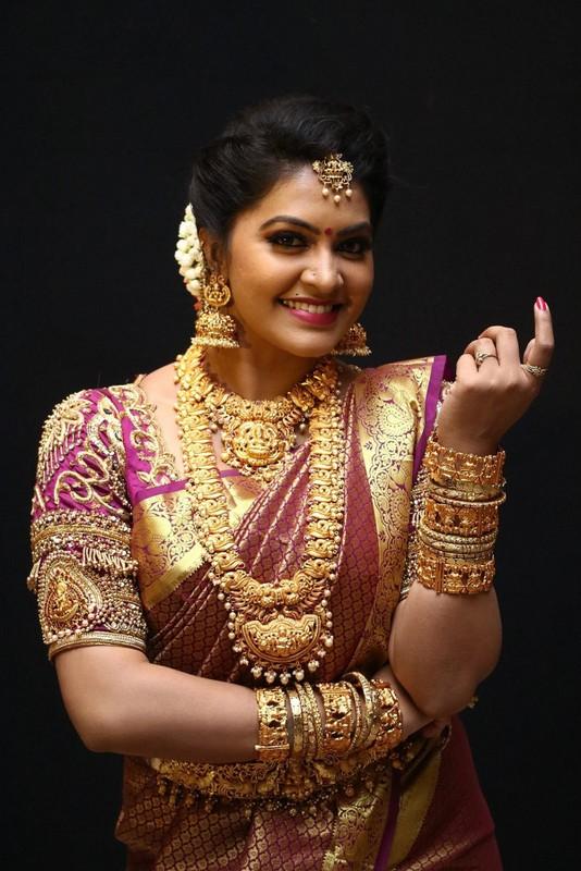 Rachita Mahalaxmi Nakshi Jewellery