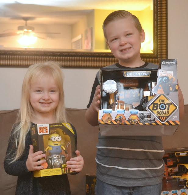 Tech Toys For Kids = Imagination Running Wild With WowWee, WowWee toys, WowWee robo toys, tech toys for kids, Christmas ideas for kids,