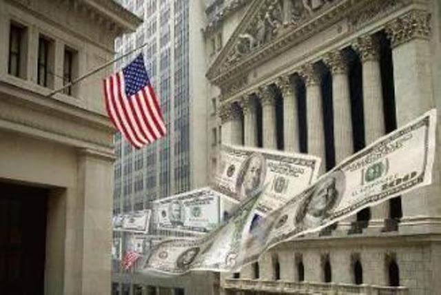 """Transferindo triliões para os super-ricos. """"Migalhas"""" para famílias nos EUA"""