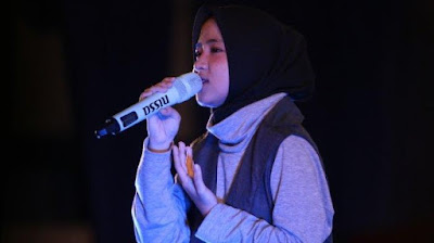 Download Kumpulan Lagu Terbaru Nissa Sabyan Mp3 Top Hits