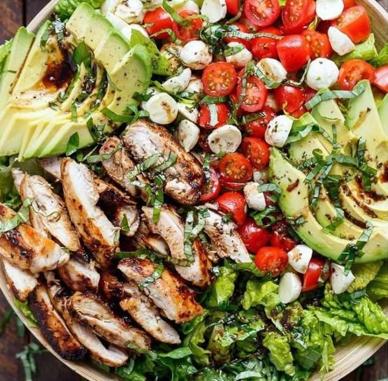 chicken avocado caprese salad #salad #vegetarian
