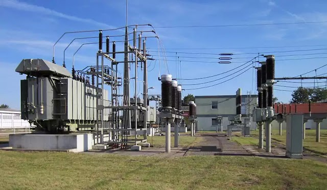 Power station explosion in Australia leaves thousands without electricity