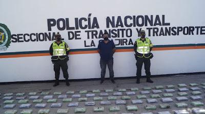 https://www.notasrosas.com/Policía Guajira incauta más de 400 kilos de Clorhidrato de Cocaína en zona rural de Dibulla