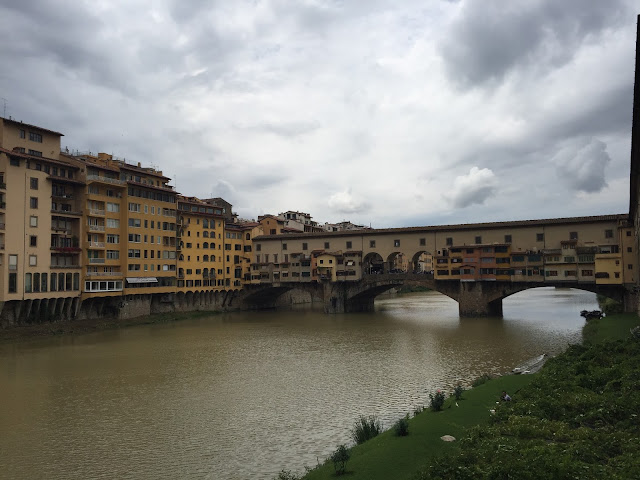 Things To Do And See In Florence, Italy, Florence, Travel, Tips, Sightseeing, Ponte Vecchio, Bridge, Shopping Bridge, Bridge in Florence, Famous Bridge in Florence