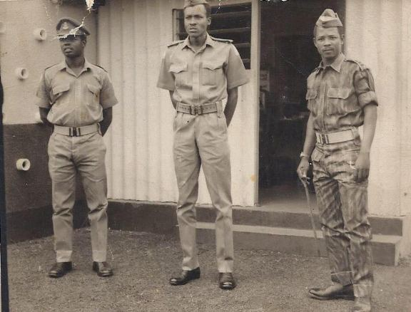 Photos Of Buhari As A Military Officer During The War Between Biafra & Nigeria...The Look On His Face Though! Compare With The Current Ones