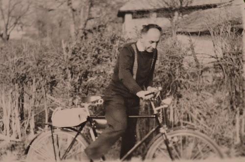 Bunicul şi bicicleta