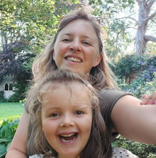 Wendy Hurrell clicking selfie with her daughter Freya