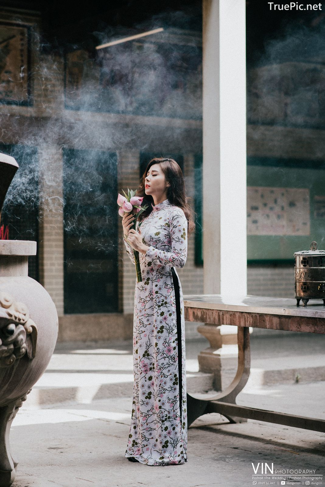 Image-Vietnamese-Beautiful-Girl-Ao-Dai-Vietnam-Traditional-Dress-by-VIN-Photo-3-TruePic.net- Picture-10
