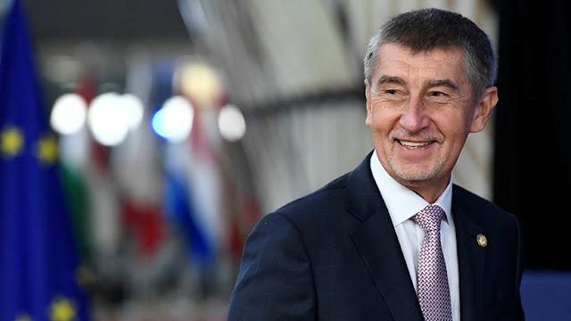 Líder checo propone enviar a países pobres parte del dinero que el mundo gasta en armamento