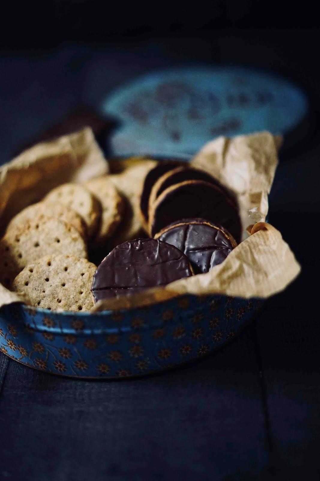 biscuits , gouter , au chocolat , biscuit à la farine complète