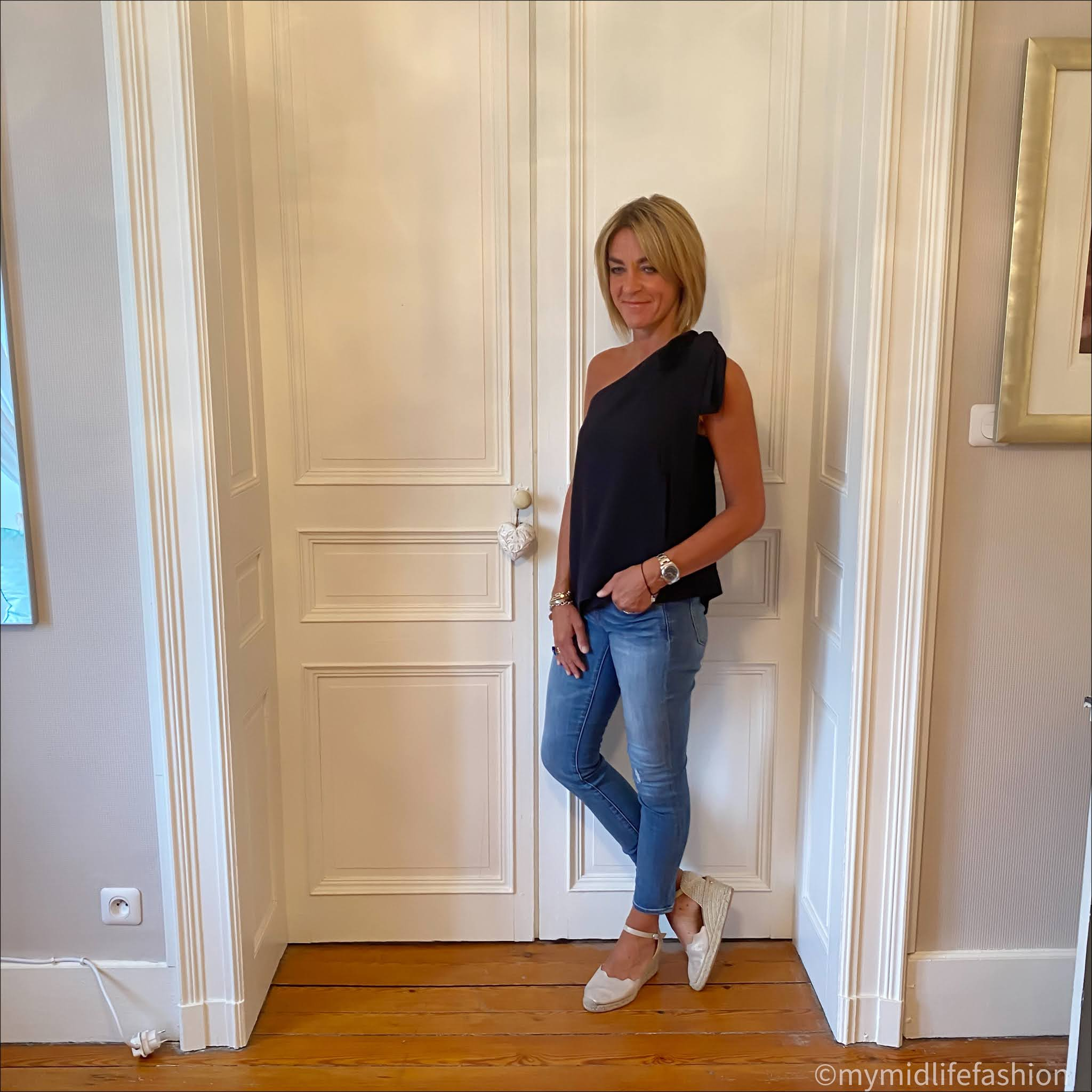 my midlife fashion, marks and Spencer one shoulder chiffon top, j crew 8 inch toothpick skinny jeans, Carl Scarpa Brittany metallic wedge sandals