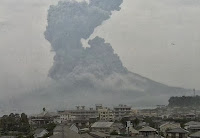 http://sciencythoughts.blogspot.co.uk/2013/10/eruption-and-pyroclastic-flow-on.html