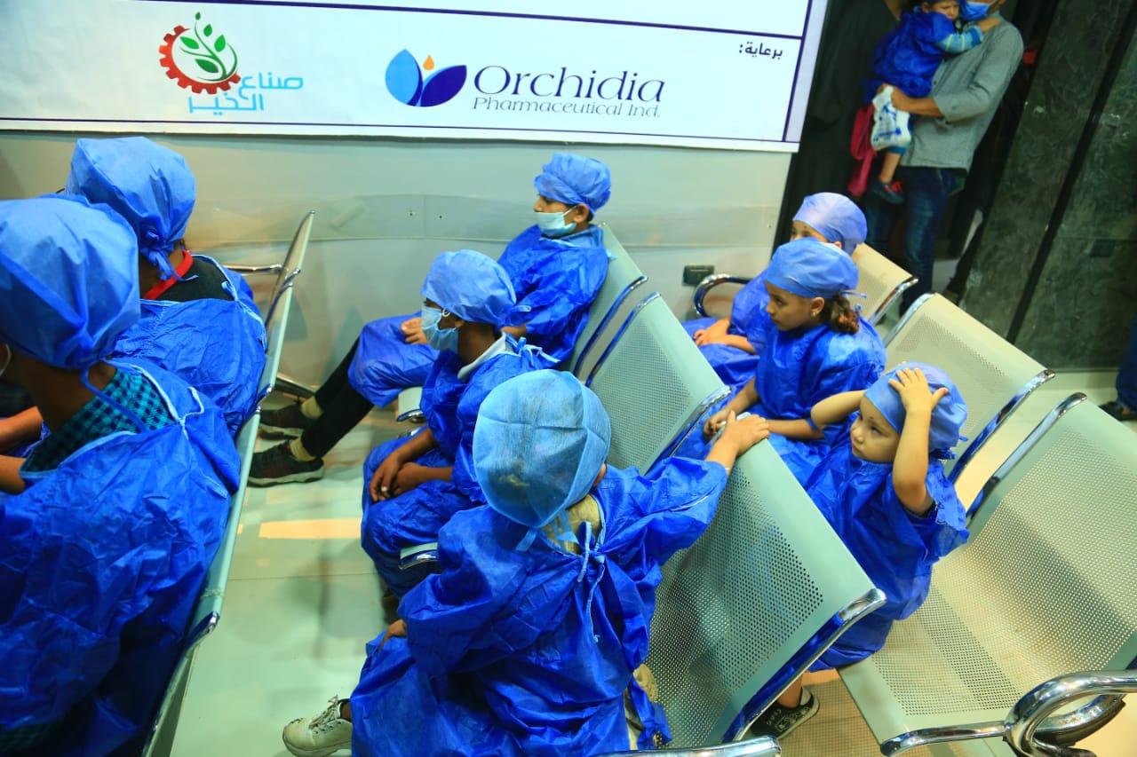 """ضمن مبادرة """"عنيك فى عنينا"""" للحد من مسببات العمى   صناع الخير تجرى 29 عملية حول لاطفال غير قادرين"""