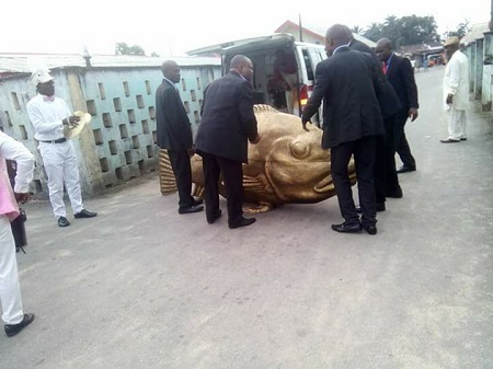 Is This Modern Day Jonah? See The Huge Fish Coffin an Akwa Ibom Man Got Buried In Recently (Photos)