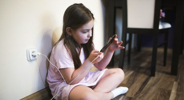 A partir de qual idade devo dar um celular para o meu filho? - Adamantina Notìcias