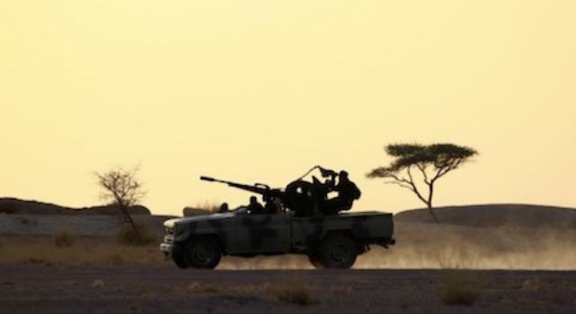 الصحراء المغربية: إذا كانت هناك حرب فهي مع الجزائر ، يقول أحمد نور الدين