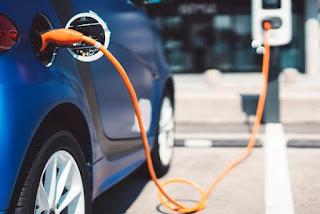 La demanda de coches eléctricos ¿van de la mano previsión de matriculaciones e intención de compra de los conductores?
