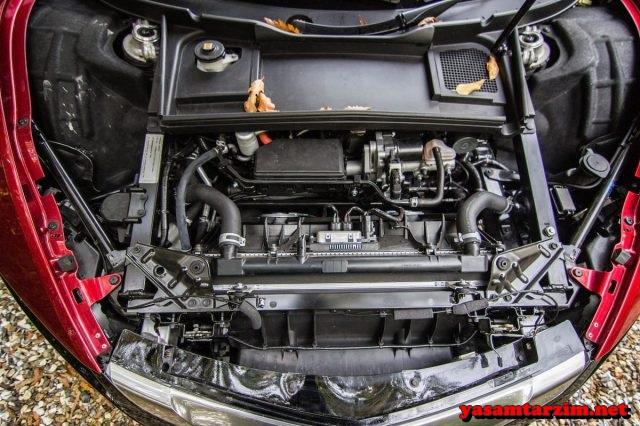 Yeryüzündeki en özel spor otomobillerden birisi olan Honda NSX, küllerinden doğdu ve yeniden yollarda.