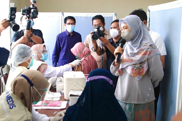 Ummi Rohmi : Jangan khawatir, vaksin bagi ibu hamil aman