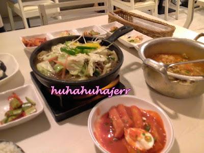 Dah Merasa Anak-anak Makan Korean Food....