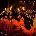 CRÓNICA   Así se vive la tradición de los funerales nocturnos de los Bomberos en Valparaíso