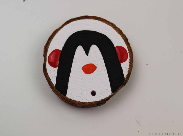 How to make diy wood slice ornaments
