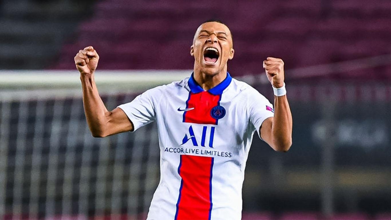 kylian-mbappe-of-paris-saint-germain-celebrates-his-goal-news-photo