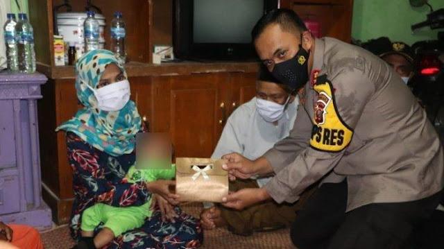 Jokowi Kirim Utusan, Anterin Uang untuk Istri Terduga Teroris yang Terlilit Utang