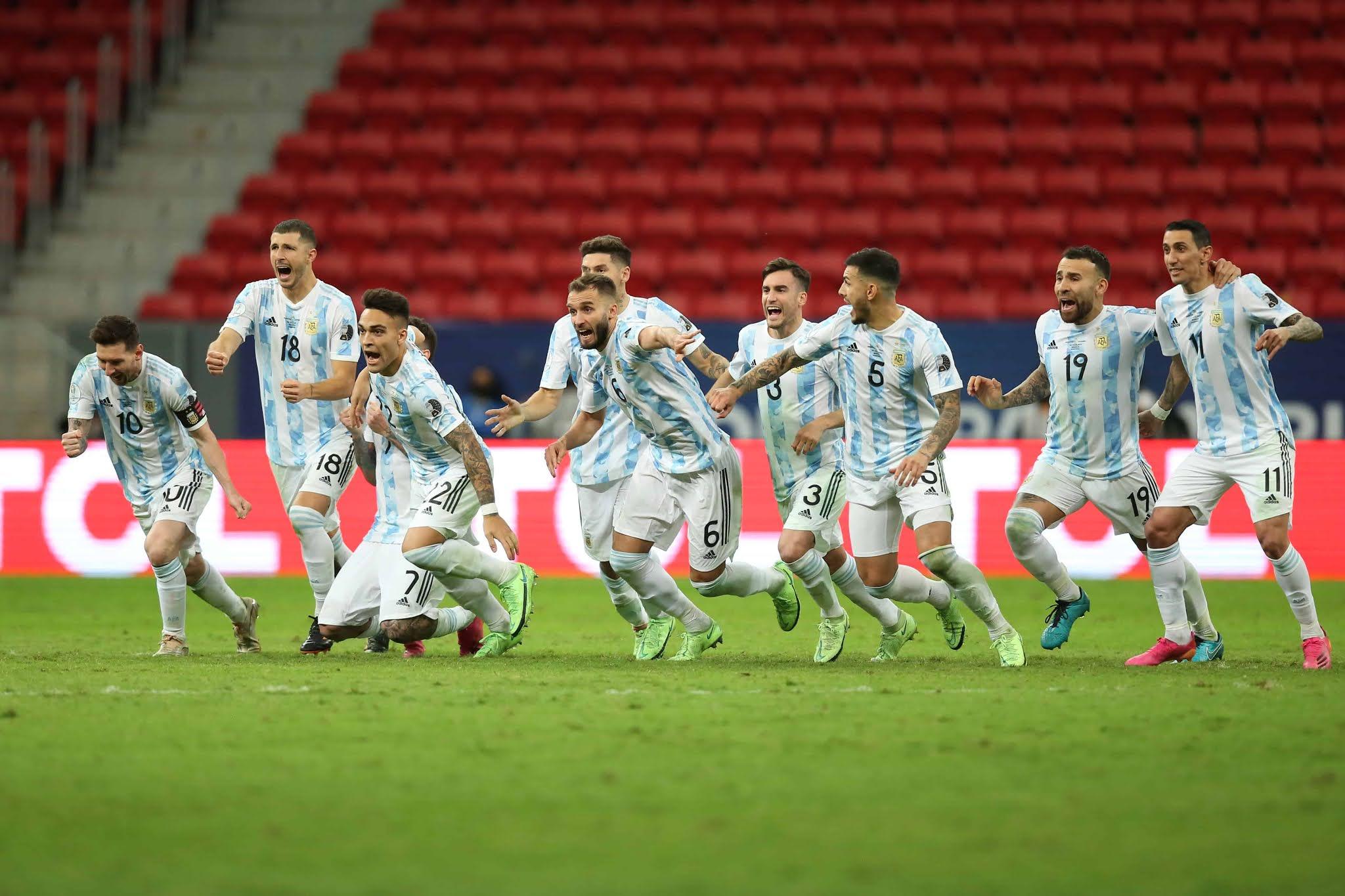 La Selección Argentina superó a Colombia en los penales y es finalista de la Copa América
