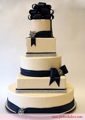 A Wedding Addict Dark Blue Wedding Cake Special Snow Angel