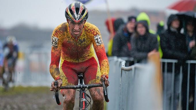 Pascual Momparler dió a conocer la lista de ciclistas que estarán en el Mundial de ciclocross 2021