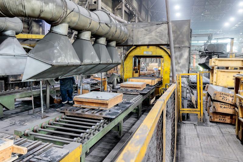 Автоматизированная линия безопочной формовки