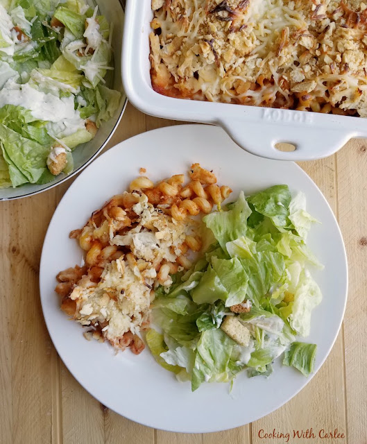 chicken parmesan and pasta bake