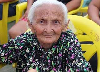 Idosa de 106 anos é assassinada a pauladas dentro de casa