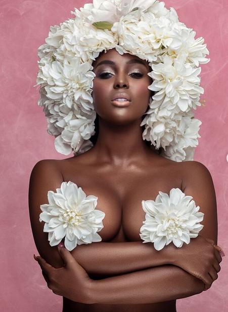 Amara-La-Negra-semi-nude-photo-01