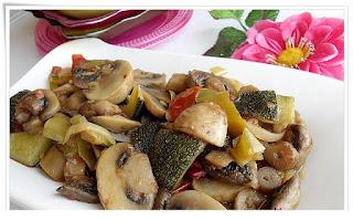 Zucchini Stew with Mushroom (Mantarli Kabak Yemegi)