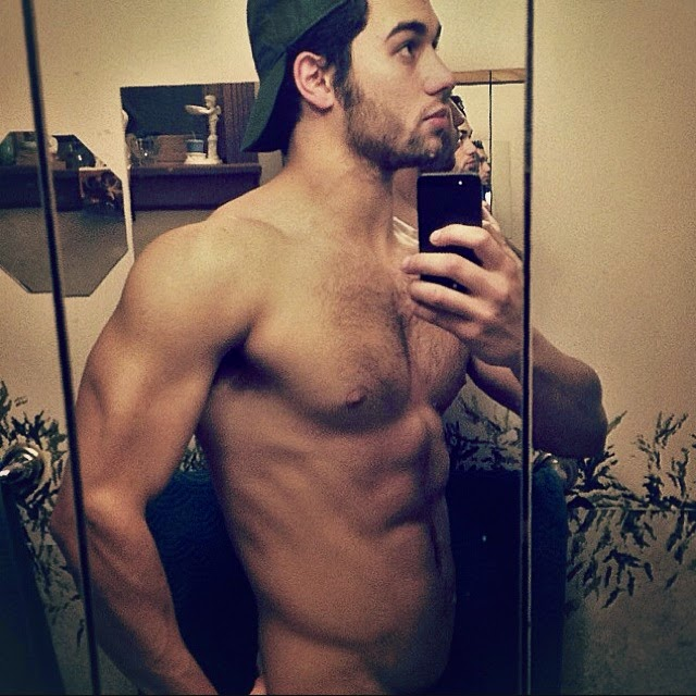 Ryan Guzman Workout For The Boy Next Door