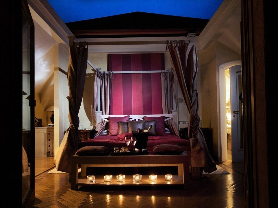 L'Albereta, Italy - 15 Incredible Hotel Rooms Where You Can Sleep Under The Stars.