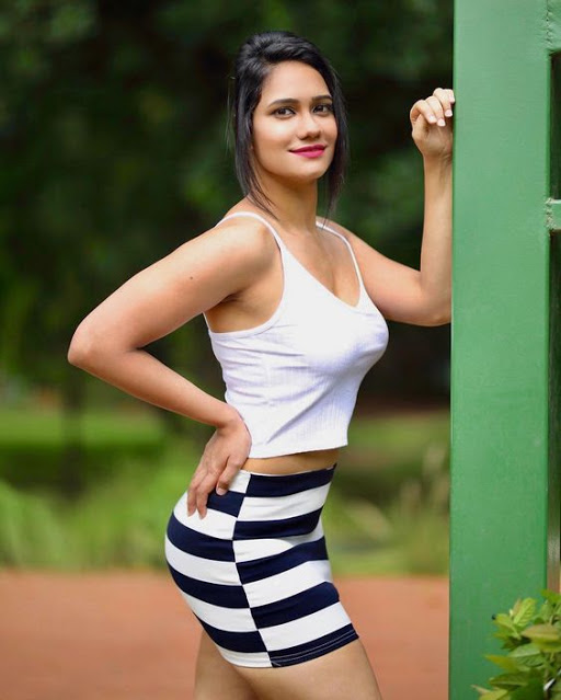Richa Shah Photos