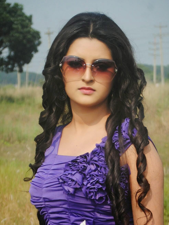 Bangladeshi hot movie song 113 - 5 9