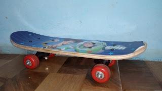 Skateboard unruk anak-anak