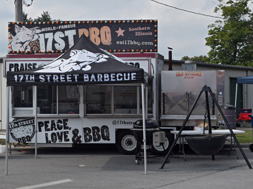 17th Street BBQ vending at 2019 Praise The Lard BBQ Contest