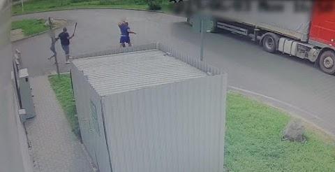 A baseballütő is előkerült a berettyóújfalui benzinkúton