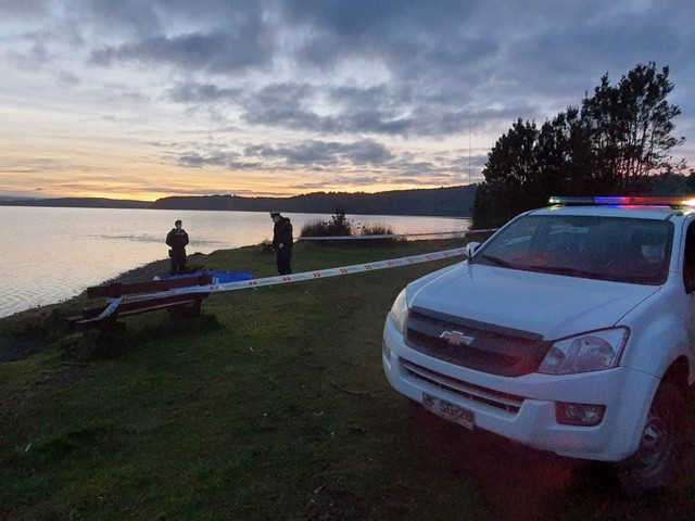 Hombre muere en el lago Natri en Chonchi