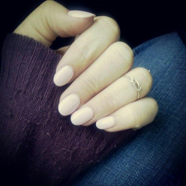 Creamy nail arts