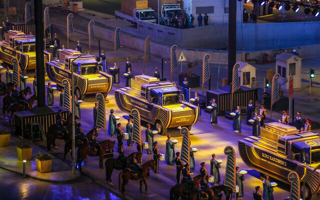 In show of Pharaonic heritage, Egypt parades 22 royal mummies through Cairo