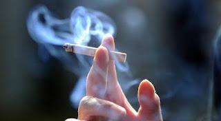 Berapa perubahan tingkat merokok karena korona baru pandemi covid 19