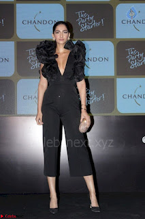 sonam kapoor at chandon the party starter 3rd March 2017 004.jpg