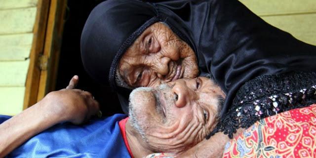 Innalillahi… Nenek Meliah, Seorang Ibu yang Selama 63 Tahun Rawat Anaknya Itu Kini Tutup Usia